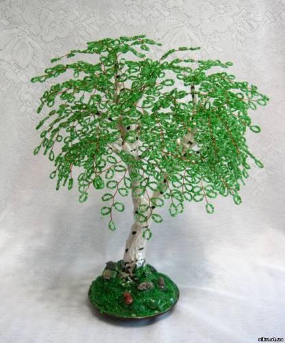 b Деревья из бисера