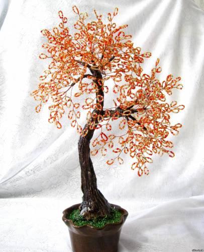 """Дерево из бисера  """"Осенние танцы """" Высота около 47см - 150грн."""
