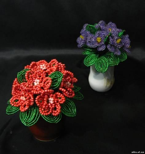 Код изделия F17.  Цветы из бисера.
